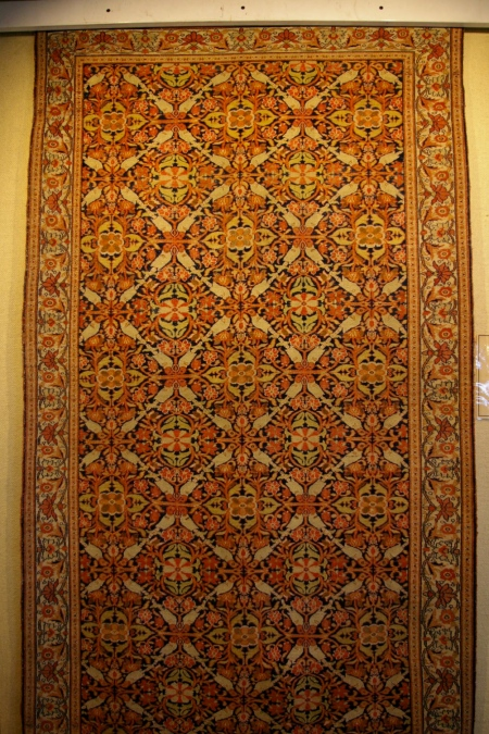 Geometric patterning on city carpet
