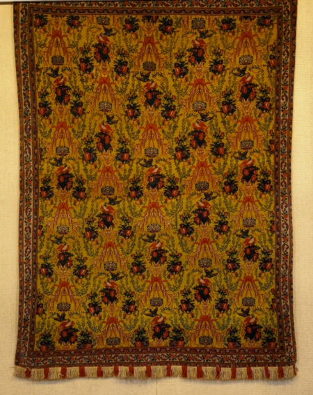 Stunning pattern, silk city rug